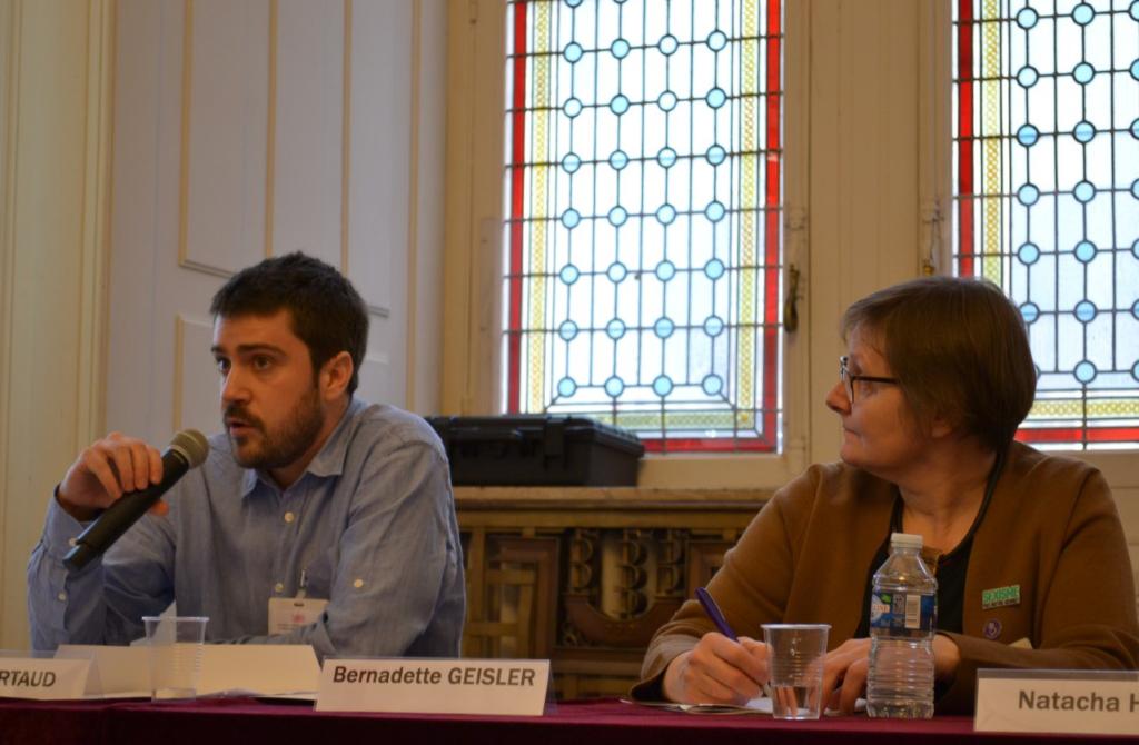 À gauche : Pierre Lartaud, Chargé de mission Prévention, Ville d'Epinay-sur-Seine ; À droite Bernadette Geisler / Crédits photo : Pierre Granger